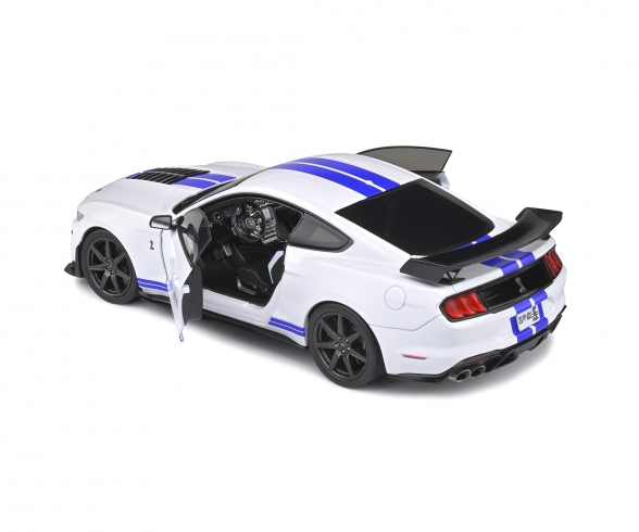1:18 Ford Mustang Shelby weiß