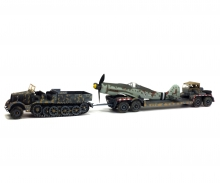 1:72 Famo truck with AH116 and FW190 body, 1945