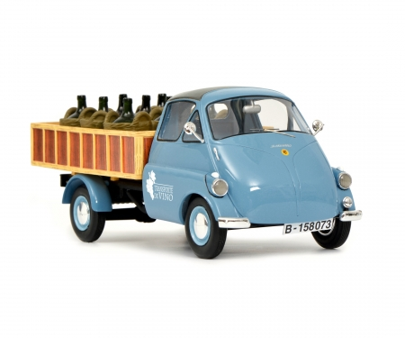 "Isocarro pick-up with wine load ""Transporte de Vino"" 1:18"