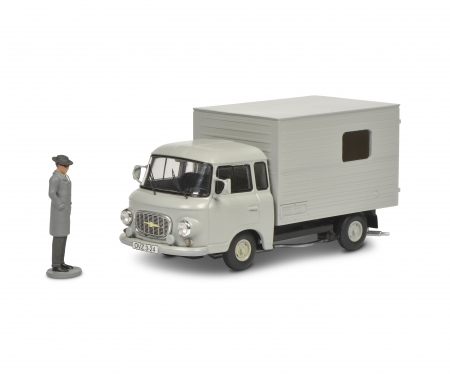 Barkas B 1000 mit Figur 1:43
