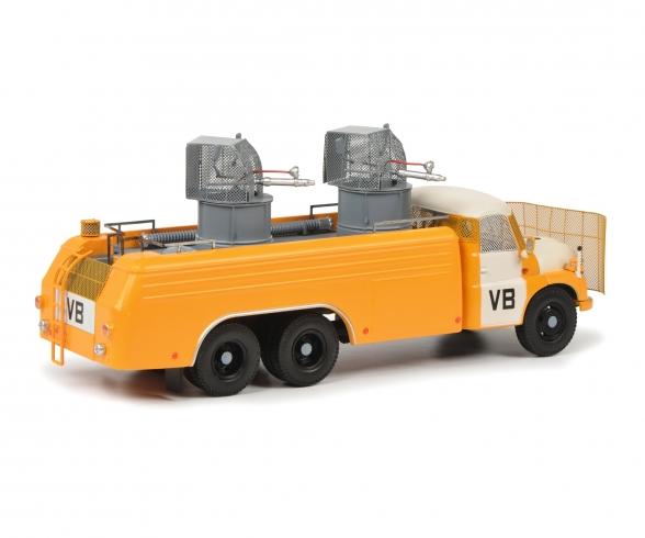 Tatra T138 water cannon 1:43
