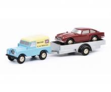 """Land Rover mit Hänger und DB5 """"British Car Service"""""""