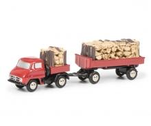 Unimog U411 pick-up with trailer und wood load