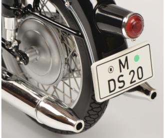 BMW R69S w.single seat 1:10