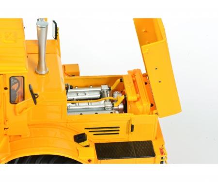 Kirovets K-700 T, gelb, 1:32