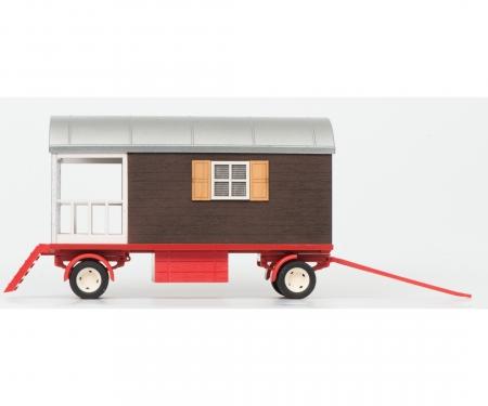 Hanomag Robust mit Schaustellerwagen, 1:32