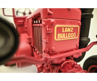 Lanz Bulldog with roof 1:32