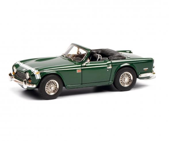 Triumph TR250 green 1:43