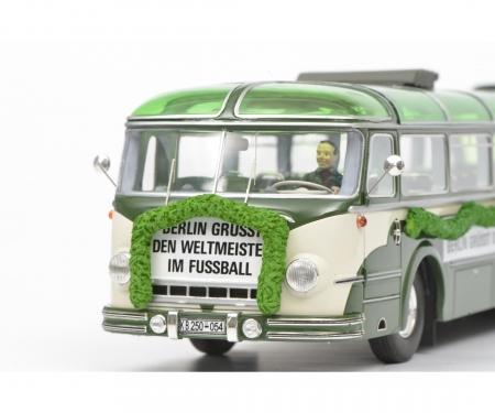 Magirus Deutz O 6500 WM 1954, beige green, 1:43