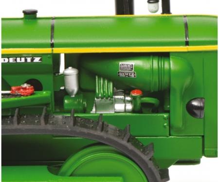 Deutz 60 PS chain tractor, green, 1:32
