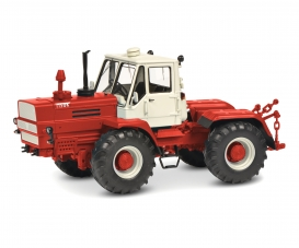Charkow T-150 K red 1:32