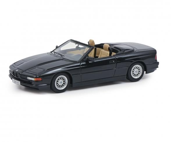 BMW 850 Ci schwarz 1:43