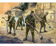 1:72 WWII Soviet Engineers