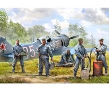 1:72 Soviet airforce ground crew