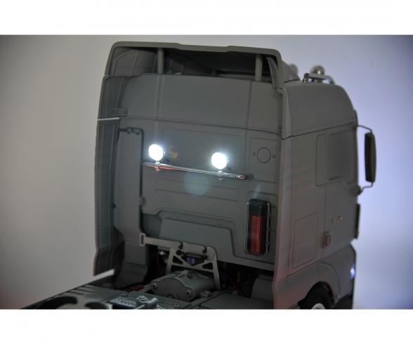 1:14 MAN TGX XLX Fro.Bumper Light Holder