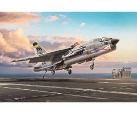 1:72 F-8E Crusader