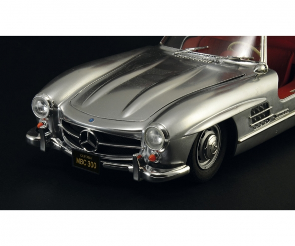 1:16 Mercedes-Benz 300 SL Gullwing