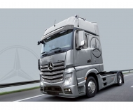 1:24 Mercedes Benz Actros MP4 Gigaspace