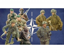 1:72 Fig. NATO Troops