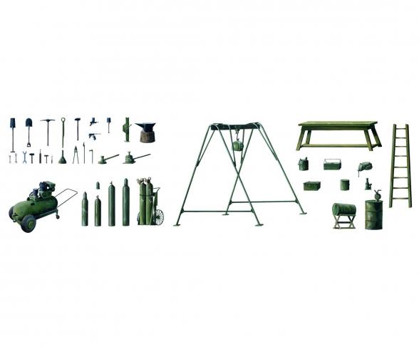 1:35 Field Tool Shop
