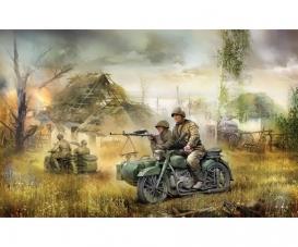 1:72 Sov.motorc.M-72 w/sidecar&crew WWII