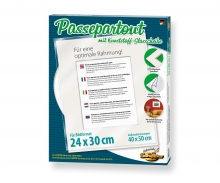 Passepartout cardboard for paintings sized 24 x 30 cm