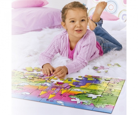 Gigantic jigsaw puzzle girls 45 p.