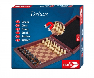 Deluxe magnetic Chess in wooden box