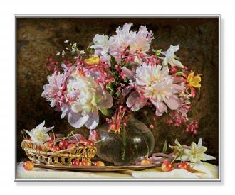 Blumenstrauß mit Kirschen