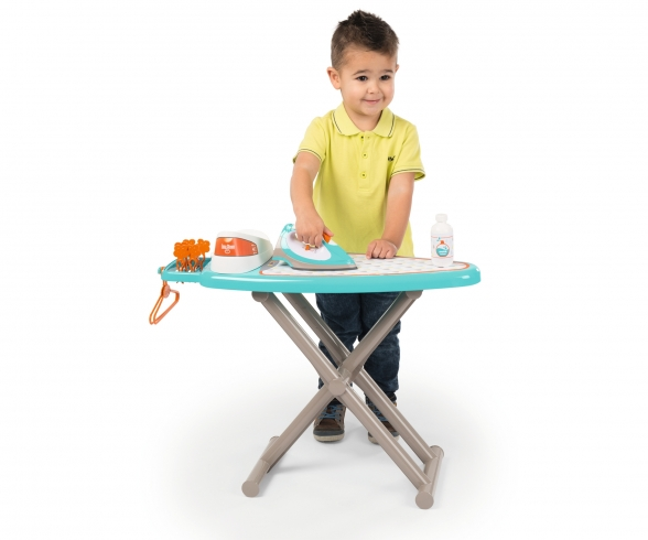 Smoby Table A Repasser + Centrale Vapeur
