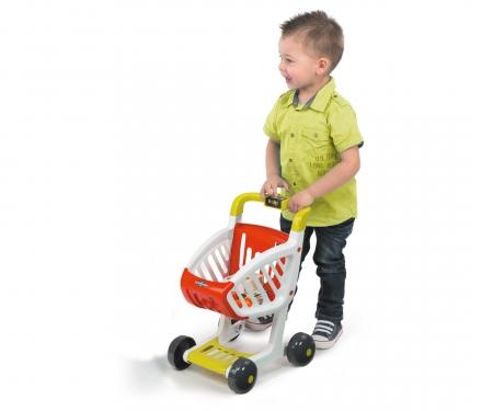 Supermarché avec chariot