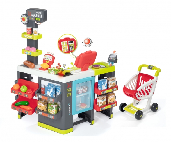 Maxi Supermarket with shopping trolley