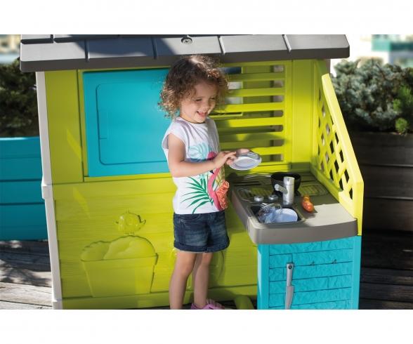 Nature Playhouse + Kitchen